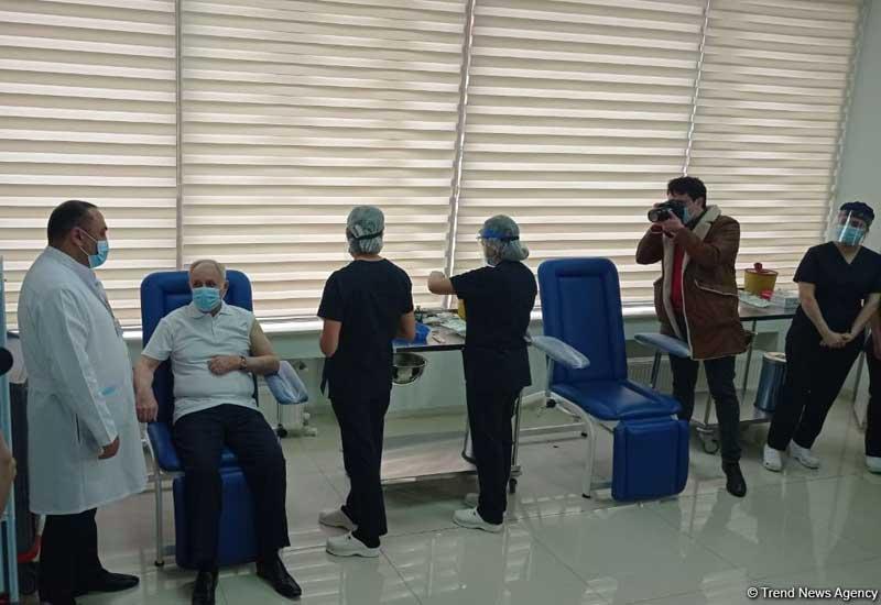 Azərbaycanda vaksinasiyaya start verildi