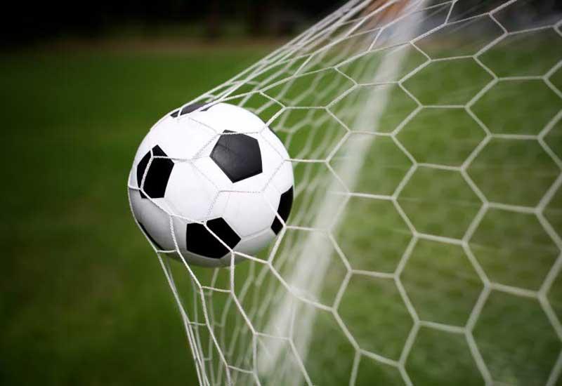 Ermənistan paytaxtında futbolçular polisi döyüb