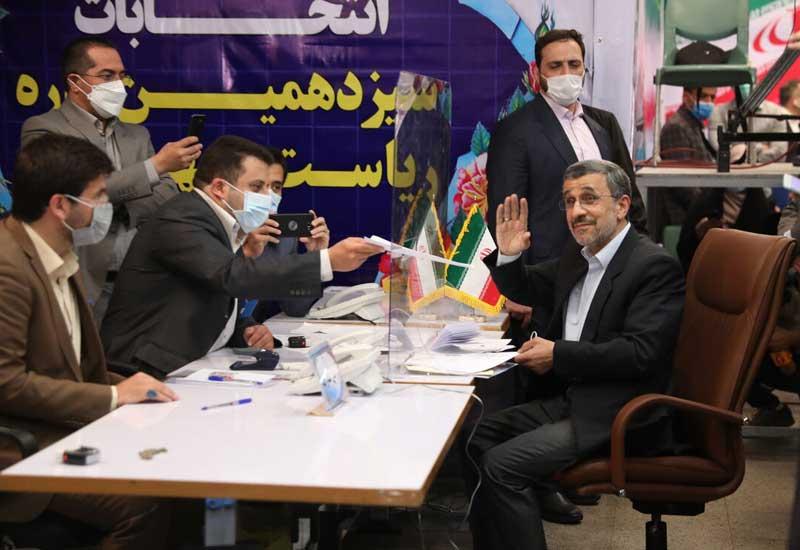 Əhmədinejad yenidən prezidentliyə namizəd oldu - FOTO