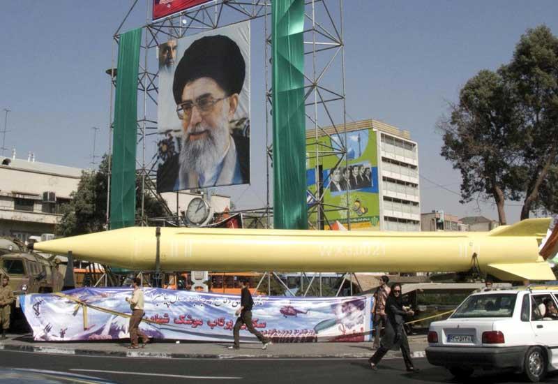 İran hərbi təlimlərdə balistik raketlərdən istifadə etdi
