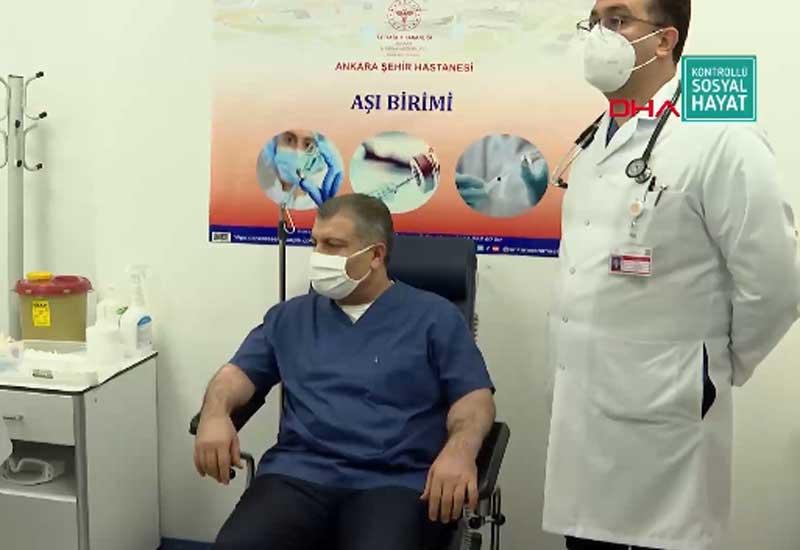 Türkiyədə koronavirusa qarşı peyvəndləmə başladı - VİDEO